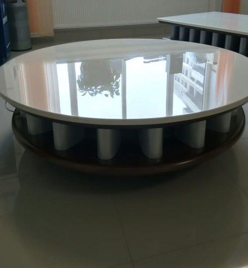 acryl-4